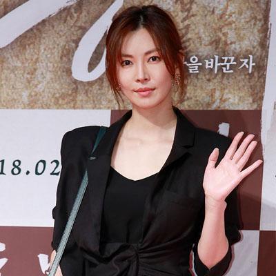 영화 '흥부'를 응원하러 온 수많은 스타★들!