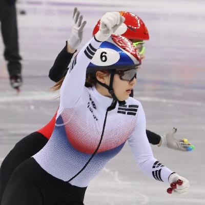 '환상의 금메달 팀워크' 여자 쇼트트랙 3,000m 계주