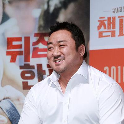 국내 최초 팔뚝 액션 영화 '챔피언' 제작보고회 현장!