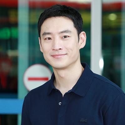 훈훈한 남친 포스 배우 이제훈의 공항패션!