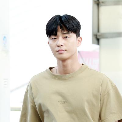 박서준-배현성, '포상휴가 떠나요~'