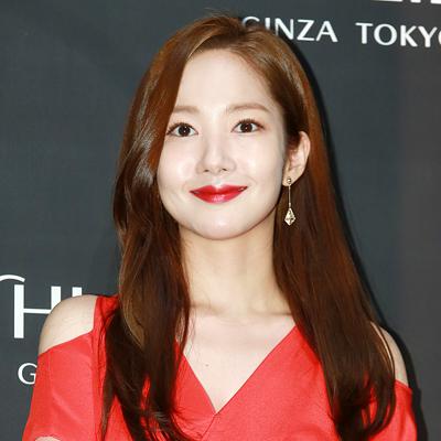 박민영-청하, '시세이도 바른 붉은 레드립'