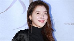 [SE★이슈] '신현수와 열애' 조우리, 어디서 봤더라?…'태후' 온유 아내 역