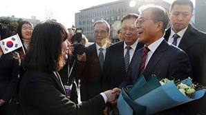 """文 북경대 연설 """"북핵은 중국 발전에도 큰 위협"""""""