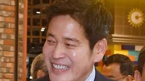 베트남으로 달려간 정용진, 깜짝 발표?