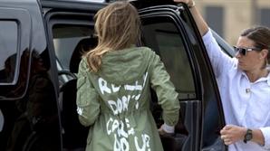 '난 상관안해' 재킷 입고 아동시설 찾은 멜라니아