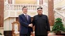 '전쟁 없는 한반도'…文대통령, '집권 2년차 징크스' 깰까