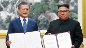 김정은 '핵없는 한반도' 첫 육성 언급...보유핵 폐기는 빠져
