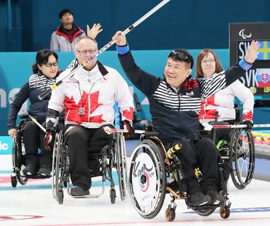 '오벤저스' 패럴림픽 휠체어 컬링 대표팀 아쉽게 4위로 대회 마무리