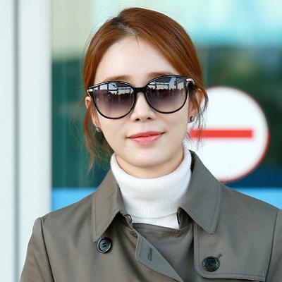 배우 유인나, '하와이로 화보 촬영 떠나요~'