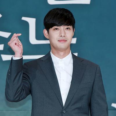 폭행사건 논란 후 4년만에 컴백하는 배우 김현중!