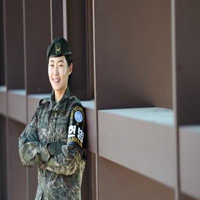JSA 경비대대 창설 이래 최초 여군 부사관 성유진 중사