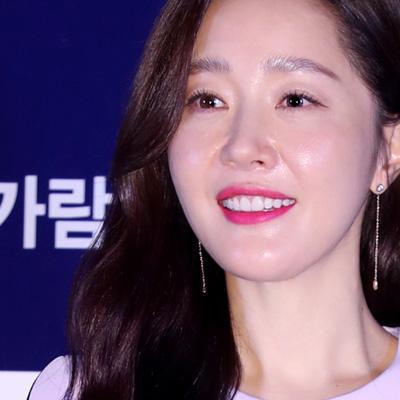 정재영-김남길-엄지원-이수경-정가람, 영화 '기묘한 가족' 언론시사회