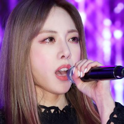 박봄, 솔로앨범 'Spring' 발매 기념 쇼케이스