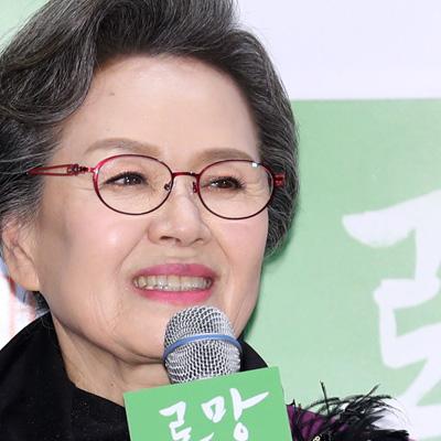이순재-정영숙-조한철-배해선, 영화 '로망' 언론시사회