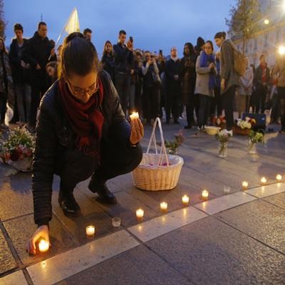 노트르담 대성당 화재에 '전세계 추모 물결'