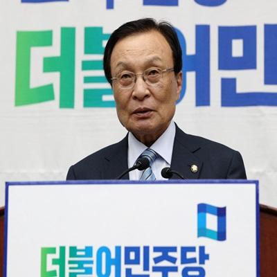 '패스트트랙' 여야4당 vs 한국당…의원총회 열려