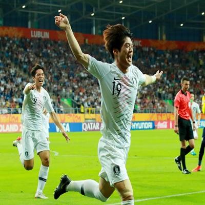 11일 오후(현지시간) 폴란드 루블린 경기장에서 열린 2019 국제축구연맹(FIFA) 20세 이하(U-20) 월드컵 4강전 한국과 에콰도르의 경기가 1-0 한국의 승리로 끝났다./2019.6.12 연합뉴스