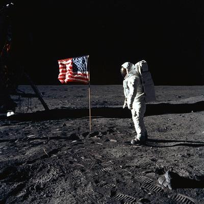 미국항공우주국(NASA)가 달 착륙 50주년을 앞두고 당시 사진을 공개했다. /2019.6.14 연합외신=AFP