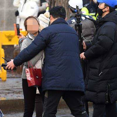 청와대 앞 천막 철거 행정대집행
