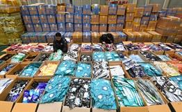 관세청, 불법반출 마스크 73만장 적발…14억 규모