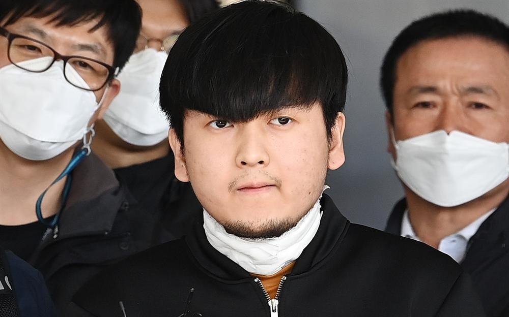 모습 드러낸 김태현