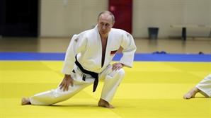 트럼프-푸틴 '스트롱맨'의 건강 부심(負心)