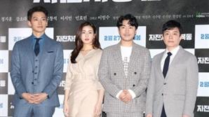 [종합] '자전차왕 엄복동' 정지훈X이범수, 애국심으로 뭉쳤다