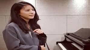 박지윤, 조수용 카카오 공동대표와 결혼 후 근황..1년 만에 컴백 예고