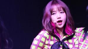 """[공식입장] 위키미키 최유정, 잠시 활동 중단 """"당분간 7인 체제"""""""