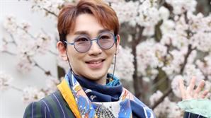 """김호영, 동성 성추행 주장 A씨 카톡 공개..""""속이지 말고 커밍아웃 하세요!"""""""