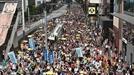 """中매체 """"홍콩警 발포 정당""""…구의원 선거도 연기 시사"""