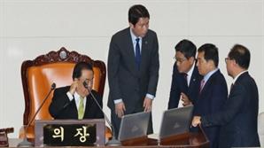 여당 예산안 단독 처리→거리정치…9년 만에 '후진 국회' 재연 위기
