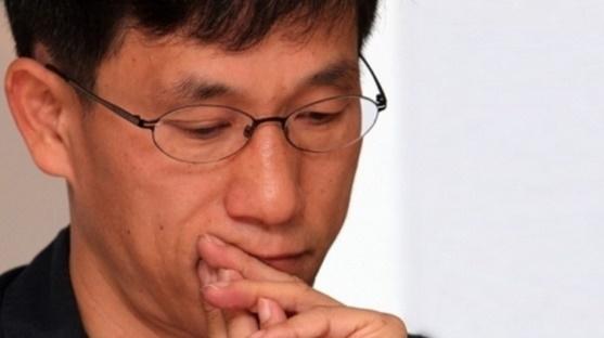 """진중권, 조국 향해 """"실패한 폴리페서 노후보다 학생들 우선"""""""