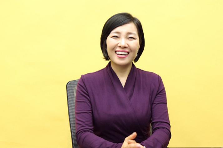 """40대 중반에 찾은 평생 직업, """"한국의 곤도 마리에가 되고 싶어요"""""""
