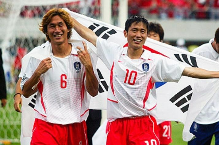 [라이프 점프 '커튼콜'] '암 투병 끝 별세' 유상철, 2002 월드컵 영웅에서 축구계 역사가 되다