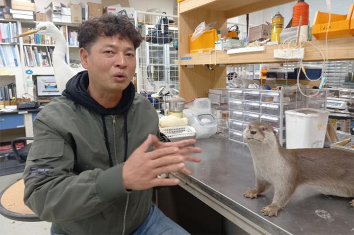 """""""박제는 100년 기록물… 동물 습성까지 연구하죠"""""""